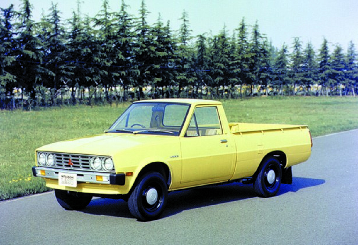 who made the very first pickup truck